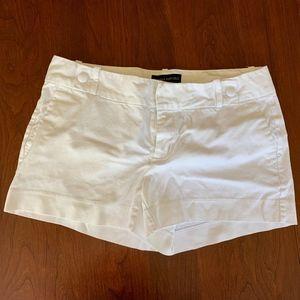 Banana Republic white shorts size 6